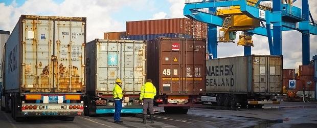 importation et exportation de matériel industriel