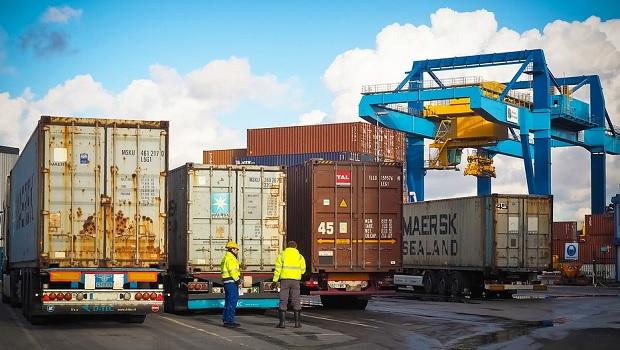 vérification des biens avant leur exportation en Europe ou en Ukraine