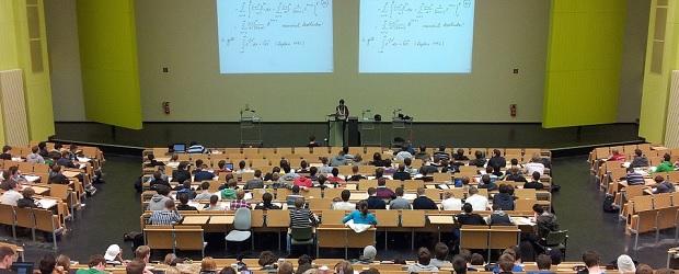 visite d'une université ukrainienne, suisse, belge, française ou luxembourgeoise